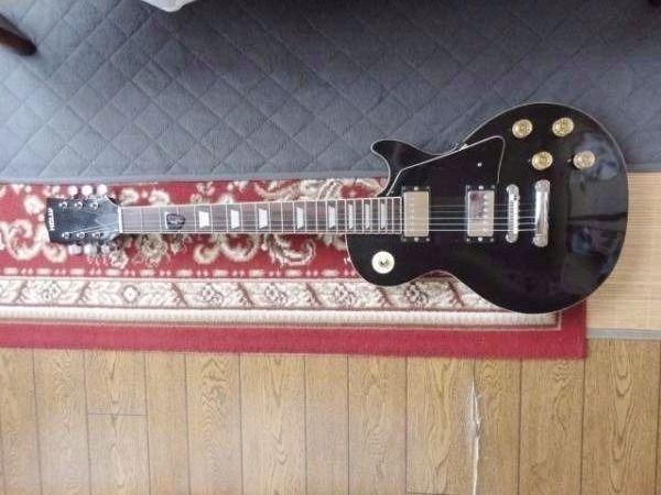 ホーリー HOLLY エレキギター