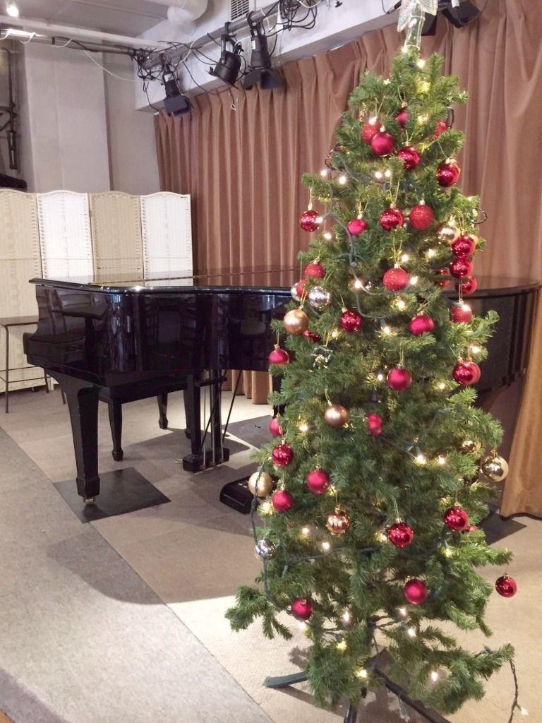 たまプラーザ 3丁目カフェのクリスマス・ツリー 横浜市青葉区美しが丘1-10-1 ピースフルプレイス1F