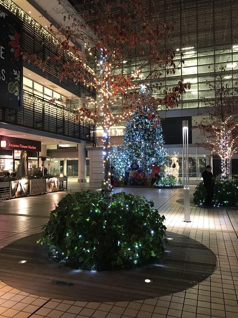 たまプラーザ駅南口の2018年クリスマスの様子