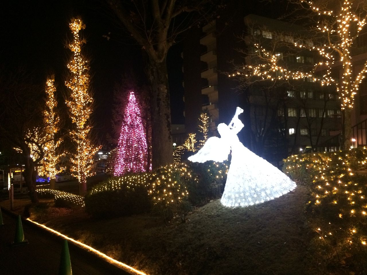 聖マリアンナ病院の天使のクリスマス・イルミネーション