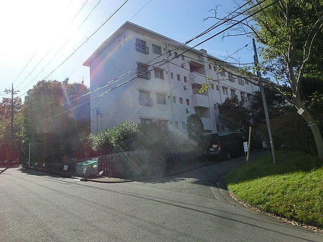 たまプラーザ団地6-1号棟(美しが丘1丁目21)