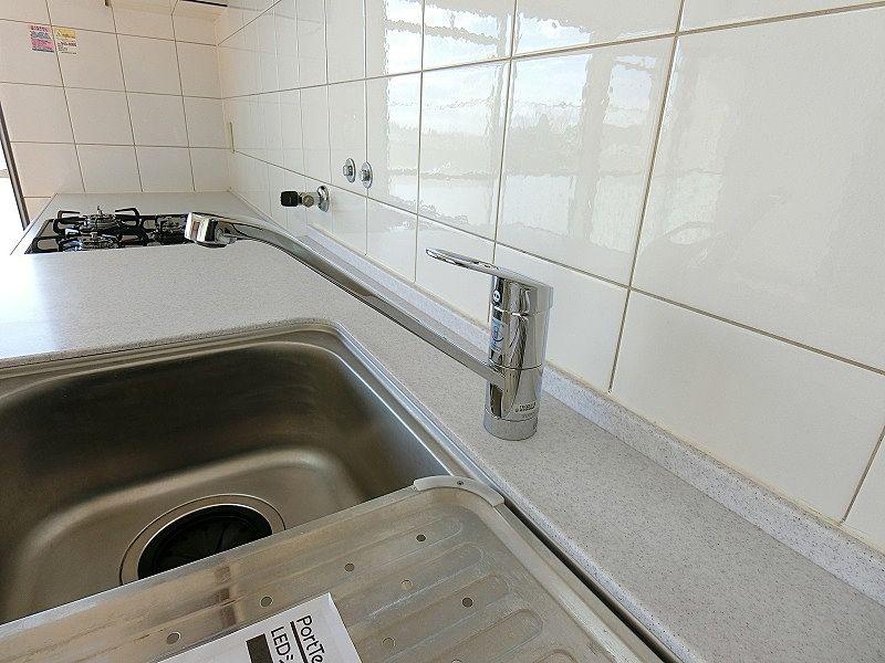 たまプラーザ団地のシステムキッチンの新品シングル・レバー