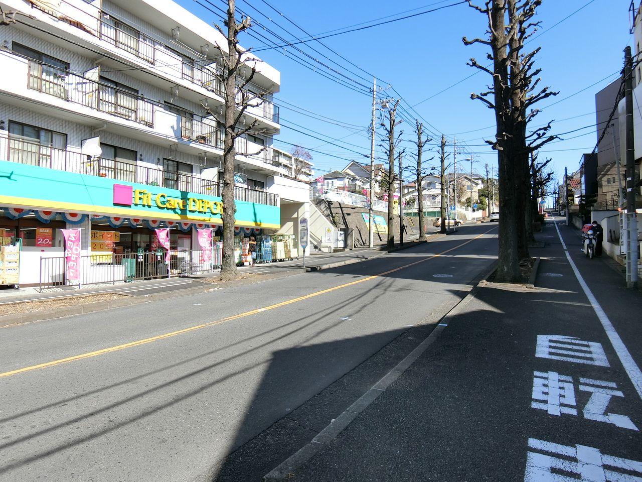 Fit Care DEPOT 元石川店の駐車場