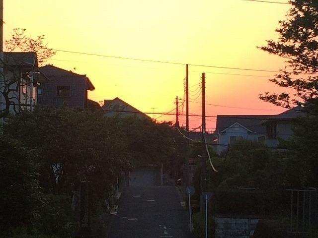美しが丘3丁目方向の夕焼け
