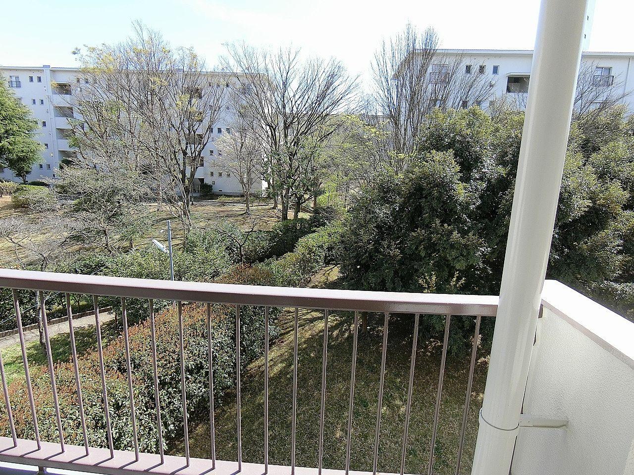 たまプラーザ団地3-6のバルコニーの眺望