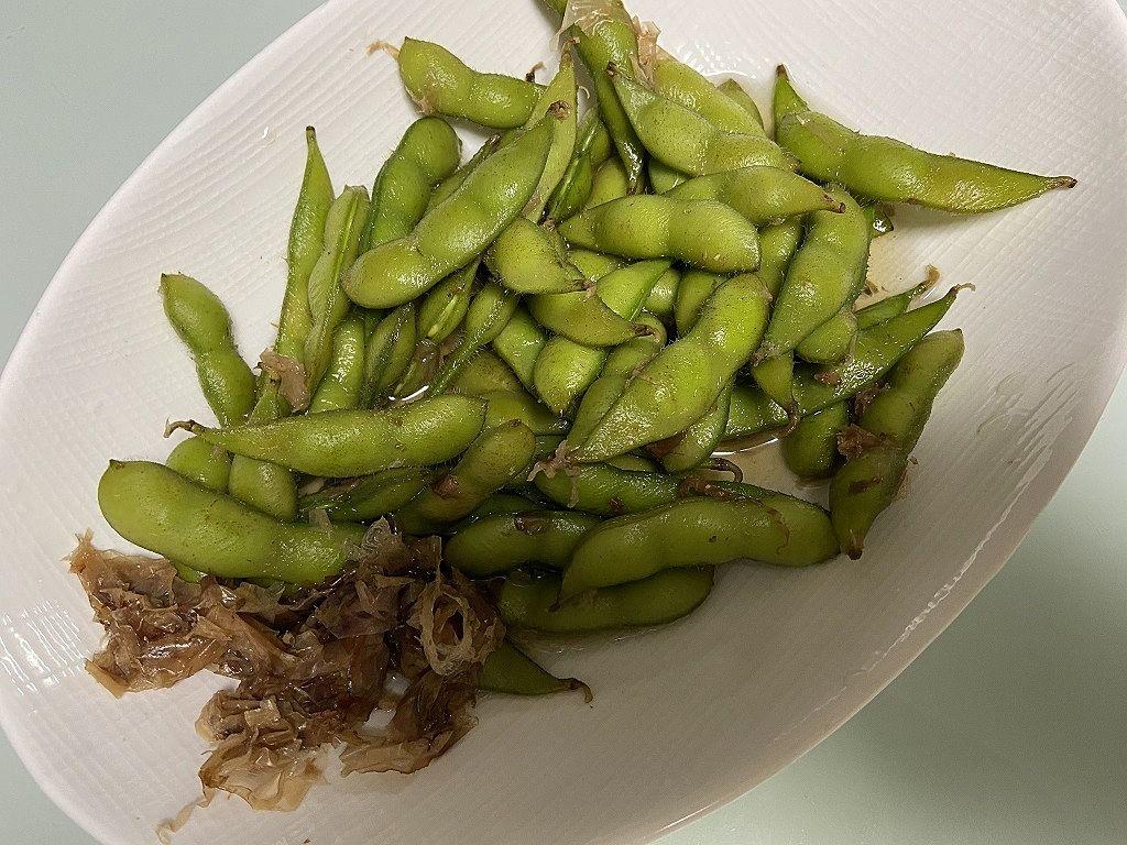 ゆであがりの枝豆