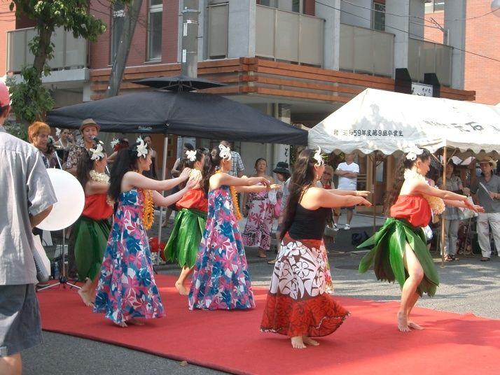 2010年たまプラーザ夏まつり たまプラーザ駅前通り商店会 フラダンス&ハワイアンバンド
