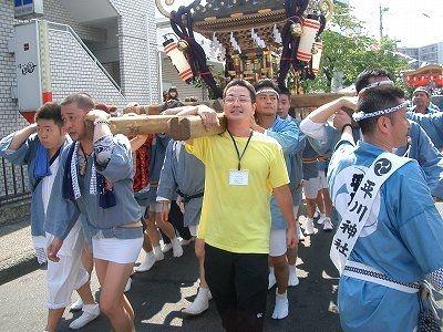 2012年たまプラーザ夏まつり平川神社の神輿