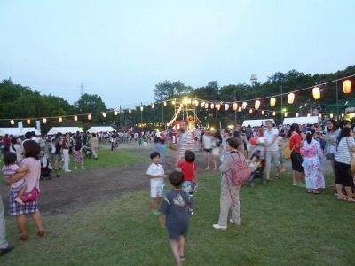 2012年たまプラーザ夏まつり 盆踊り会場(美しが丘公園・グラウンド)