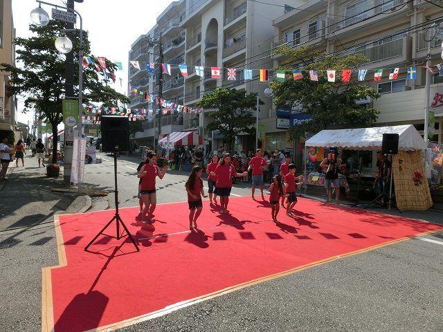 たまプラーザ夏まつり・たまプラーザ駅前通り商店会のダンス