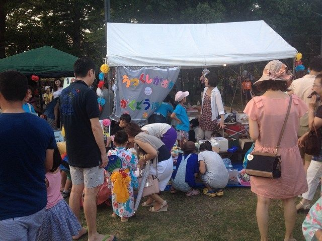 たまプラーザ夏まつり・盆踊り会場(美しが丘公園)の屋台の様子