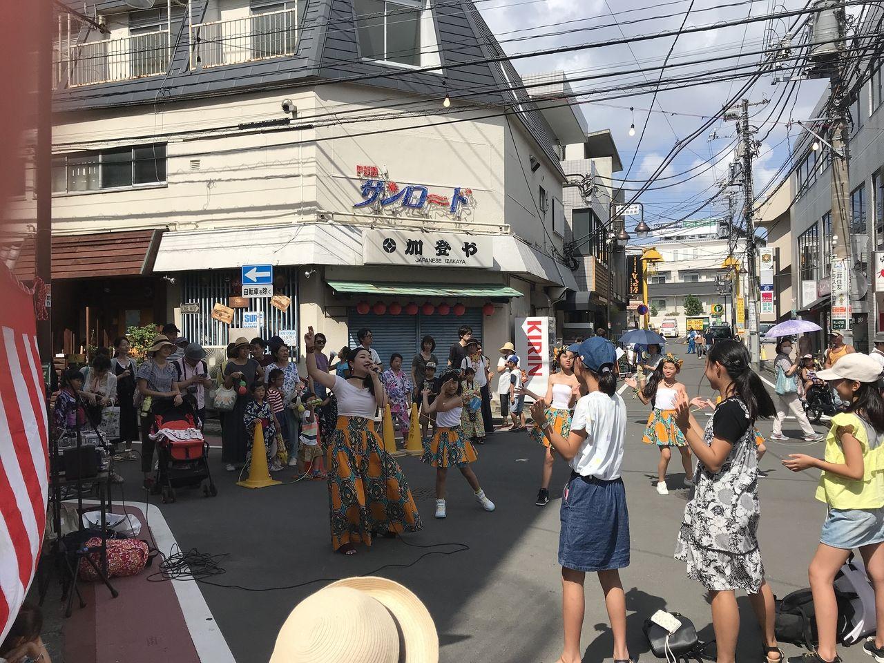 2018年たまプラーザ夏まつり・中央商店街・フラダンス