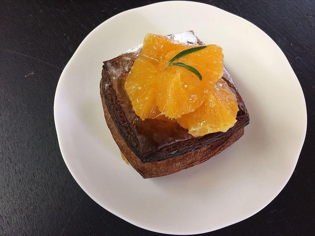 美しが丘西の「丘の上のパン屋」の「バレンシアオレンジのデニッシュ」