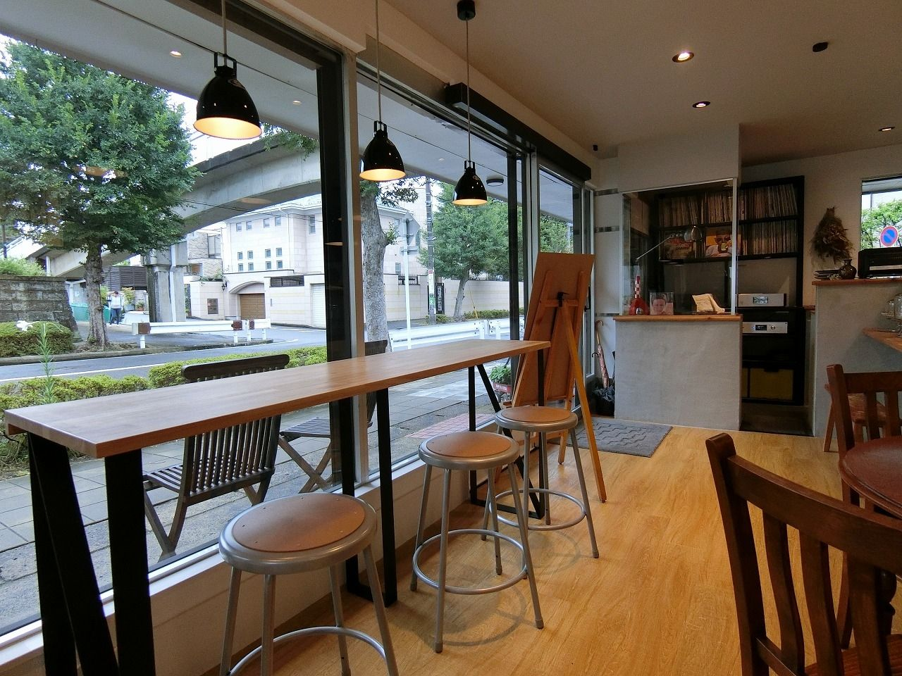 「Madalena Cafe」(マダレーナ カフェ) のカウンター