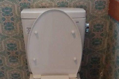 2019年のトイレのタンク