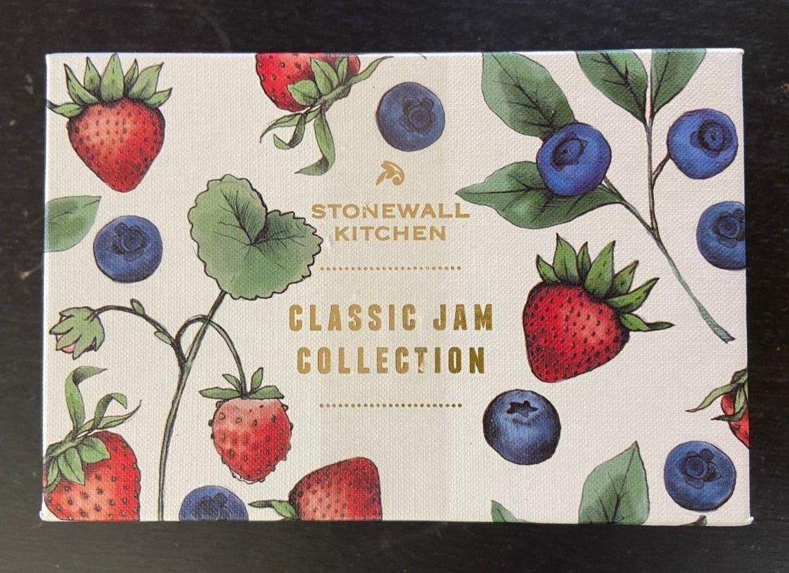 Stonewall Kitchen ストーンウォールキッチン ストロベリージャムとワイルドメインブルーベリージャム