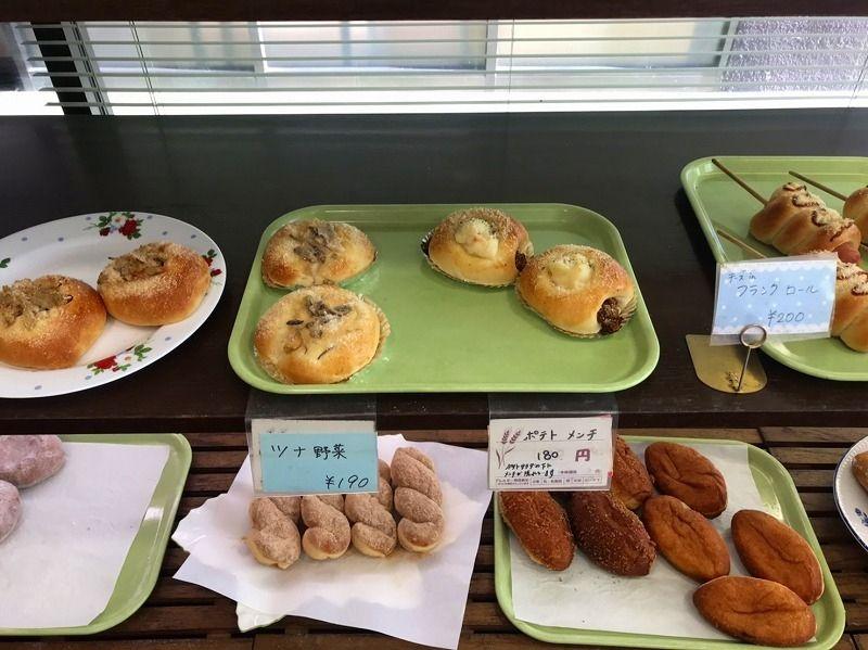 あざみ野のパン屋さん・パリジェンヌの店内の様子です。