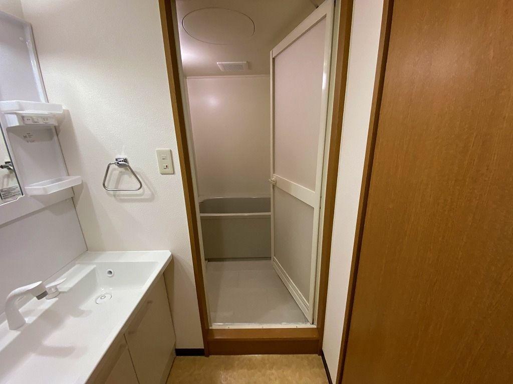 美しが丘4-22-5の賃貸マンションのアドバンスヴィラの浴室の様子です。
