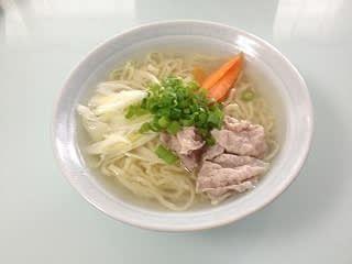 クーパーズ不動産の代表の稲吉靖彦が食べた喜多方塩ラ―メーンです。