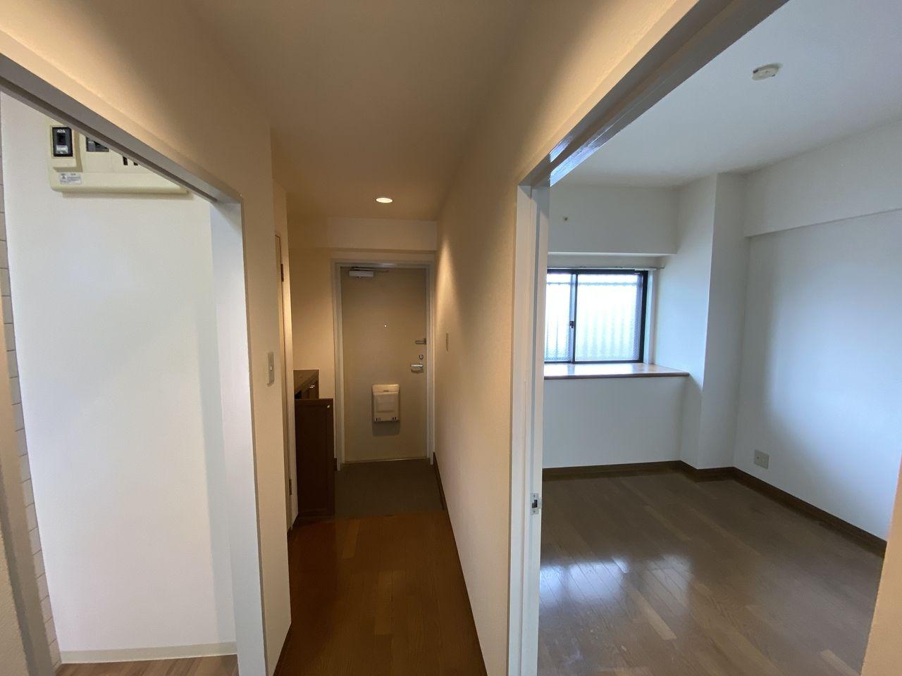 EV付たまプラーザ駅2分のマンションの第5正美ビルの玄関回り