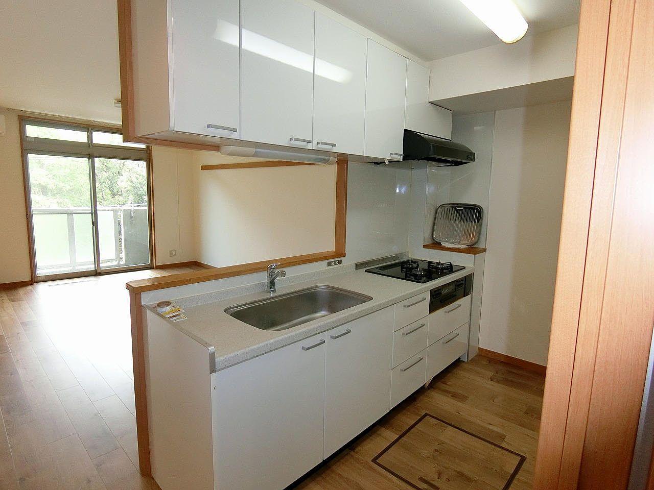 https://coopers.jp/contents/9224なかなか空きの出ないマンション、8月下旬退去予定です。退去前なので、室内写真は、他の部屋の室内写真です。随時ご紹介させていただきます。【地図】【お問い合わせ】